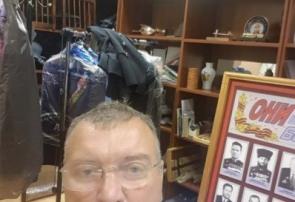 Директор Митяев В.Н. работает  в полиции