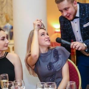 Новогодние корпоративы в Павловском Дворце!