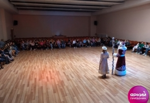 Новогодняя программа в 335 школе г. Пушкина