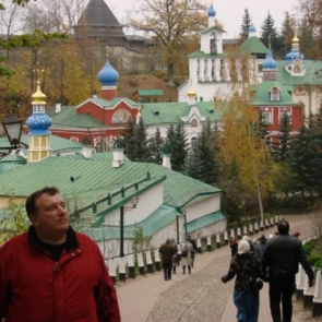 На экскурсию в Пушкиногорье и Псково-Печерский монастырь
