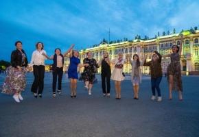 Выпускной. Фотосессия на Дворцовой площади
