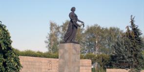 Экскурсия — Мемориал «Пискаревское кладбище»
